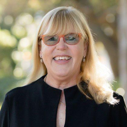 Lynda MacDonald